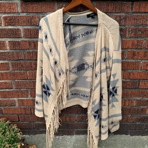Women's Poncho Sweater - Size Small - 9/10
